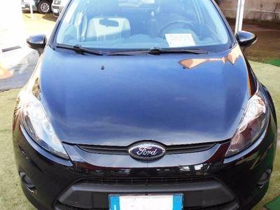 usata Ford Fiesta + 1.4 TDCi 68CV 5 porte rif. 7647325