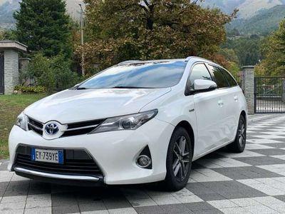 usata Toyota Auris Hybrid Touring Sports 1.8 Active P