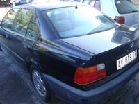usata BMW 318 i cat 4 porte