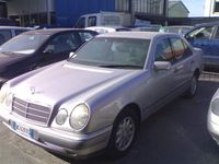 usata Mercedes E200 cat Classic
