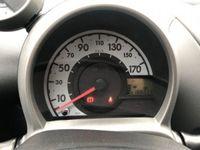 begagnad Toyota Aygo 1.0 12V VVT-i 5 porte Griffe