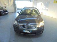 brugt Toyota Avensis SW -2.0 TDI - 4 D -