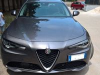 gebraucht Alfa Romeo Giulia 2.2 Turbodiesel 180 CV AT8 Super del 2016 usata a Angera