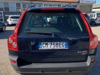 brugt Volvo XC90 2.4 D5 aut. AWD Executive del 2004 usata a Lucca