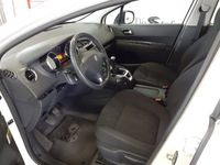 usata Peugeot 5008 Diesel 1.6 hdi 8v Active 115cv
