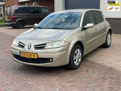 tweedehands Renault Mégane 1.6-16V Business Line XENON/5DRS/NW APK/AIRCO