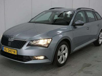 tweedehands Skoda Superb Combi 1.6 TDI Active Business AUTOMAAT / NAVI / CL