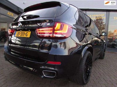 tweedehands BMW X5 30D 7Persoons TwinPower M-Pakket Adaptief Panorama Head-Up Keyless entry Led