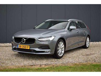 tweedehands Volvo V90 T4 190PK Automaat Momentum / Leder / Elektr. stoelen / Standkachel / Adaptive Cruise / LED / Stoelverw. / BLIS / Lane Keeping Aid .