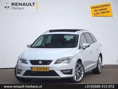 tweedehands Seat Leon ST 1.4 150PK FR / PANORAMA / ECC / 18'' / CAMERA /