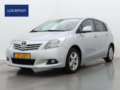 tweedehands Toyota Verso 1.8 VVT-i Dynamic | Climate control | Trekhaak |