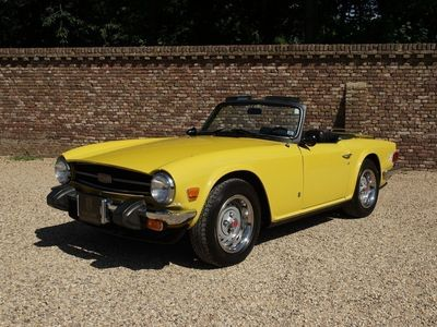 tweedehands Triumph TR6 matching numbers unique/original Mimosa colour f
