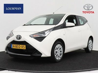 tweedehands Toyota Aygo 1.0 VVT-i x-play