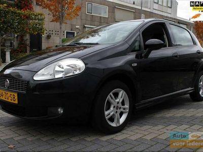 tweedehands Fiat Grande Punto 1.4 Active / 5 DEURS / AIRCO / NIEUWE APK