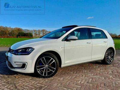 tweedehands VW Golf 1.4 TSI GTE 204pk LEDER | PANO | TREKHAAK