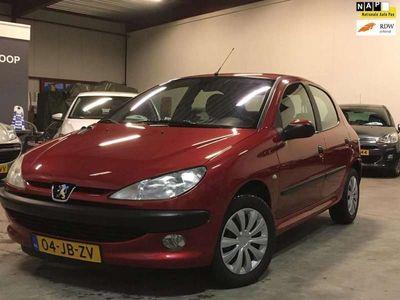 tweedehands Peugeot 206 1.4 Gentry AUTOMAAT