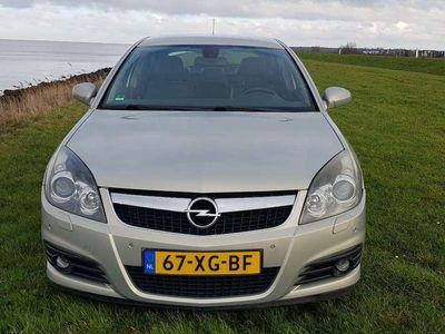 tweedehands Opel Vectra 1.9 CDTi Executive