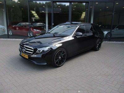 tweedehands Mercedes 220 Estate d 195pk AvantGarde, Led,Schuifdak,Half Lede