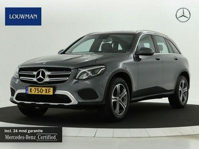 tweedehands Mercedes 250 GLC-KLASSE4MATIC   Navigatie   Stoelverwarming   Parkeersensoren Inclusief 24 MB Premium Certified garantie voor Europa.