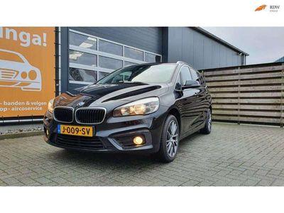tweedehands BMW 218 2 Serie Gran Tourer i M Sport 7-persoons Automaat met Hoge instap en zit! Navigatie, Climate & Cruise control, PDC, etc. !