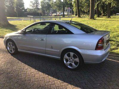 tweedehands Opel Astra 2.2-16V