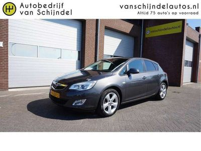 tweedehands Opel Astra 1.4 101PK EDITION 5DRS NL AUTO PERF STAAT AIRCO CR