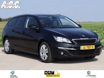 tweedehands Peugeot 308 1.6 HDi Panodak Trekhaak Camera Nav PDC