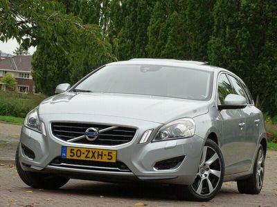 tweedehands Volvo V60 2.4 D6 214PK+ AWD Plug-In Hybride / NAP