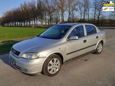 tweedehands Opel Astra 1.6 Edition Sedan Airco Trekhaak Nw. APK !