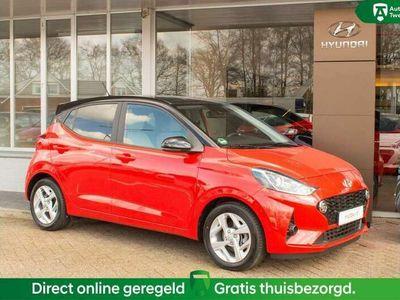 tweedehands Hyundai i10 1.0 Premium AUTOMAAT | Navigatie | Stoelverwarming
