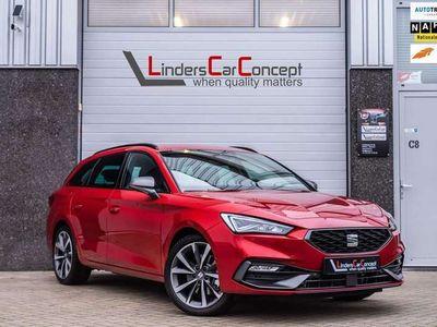 tweedehands Seat Leon Sportstourer 1.5 eTSI FR Launch Edition, DSG, LED,