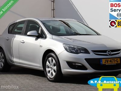 tweedehands Opel Astra 1.6 CDTi Design Edition NAVIGATIE SLECHTS 82000KM
