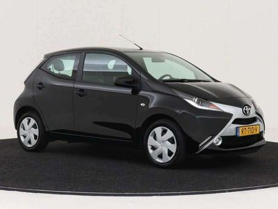 tweedehands Toyota Aygo 1.0 VVT-i x-play Nr. 106390