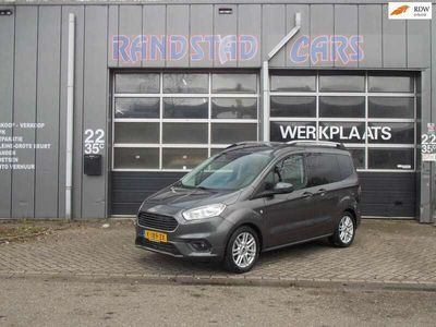 tweedehands Ford Tourneo Courier 1.0 Titanium Airco Έlectric Pakket 5Derus 2019bj GARAN