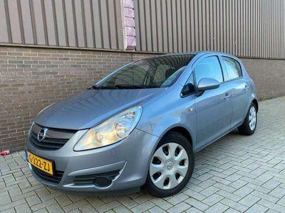 tweedehands Opel Corsa 1.2- 16V Sport 5drs Nieuwe APK 2010 117.000km APK