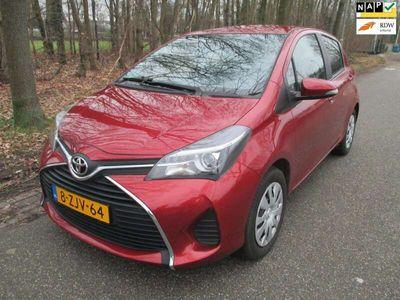 tweedehands Toyota Yaris 1.3 VVT-i Aspiration, 5 deurs,airco,cruise cntr, a