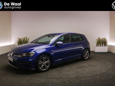 tweedehands VW Golf 1.5 TSI 150pk Highline Business R-Line | Digitaal