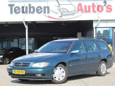 tweedehands Opel Omega Wagon 2.2i-16V Business Edition airco, climate con