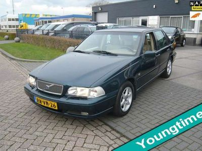 tweedehands Volvo S70 2.5 Exclusive-Line AUTOMAAT AIRCO LMV YOUNGTIMER