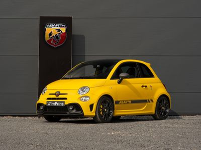 tweedehands Abarth 595 Competizione 180pk | Akrapovic | Beats | Pano | Carbon Sabelts