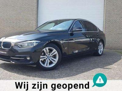 tweedehands BMW 330e 330Executive, navigatie, 17 inch velgen, hybride