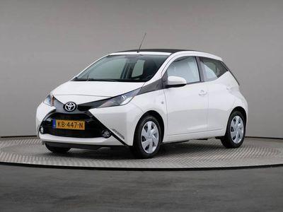 tweedehands Toyota Aygo 1.0 VVT-i x-wave, Achteruitrijcamera, Airconditioning, Canvasdak