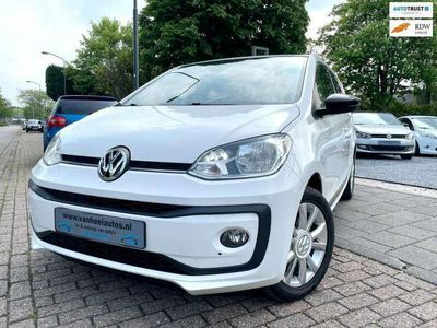 tweedehands VW up! 1.0 BMT Club A-C Έlectric Pakket Lmv Stoelvrm Led Nw A