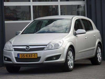 tweedehands Opel Astra 1.6 Cosmo Leder Navigatie Airco Cruise Dealer onde