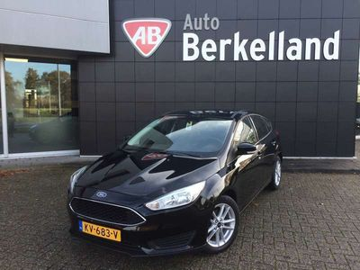 tweedehands Ford Focus 1.0i HatchBack *100* pk Business *5 Drs* Navi,* Airco, PDC,* Cruise Control, * N