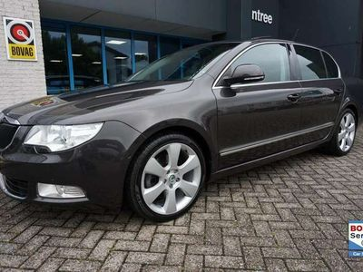 tweedehands Skoda Superb 1.8 TSI Elegance Business Line / leer / opendak /
