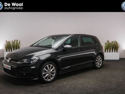 tweedehands VW Golf 1.5 TSI 150pk DSG Highline Business R-Line Navigat