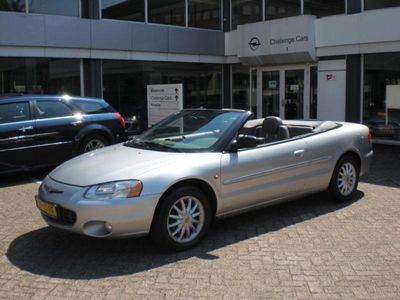 tweedehands Chrysler Sebring Cabriolet 2.7 LX V6 140 Dkm Full options.