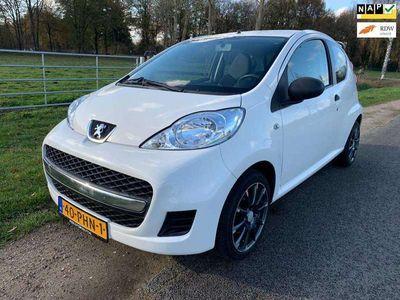 tweedehands Peugeot 107 1.0-12V XR perfect onderhouden!