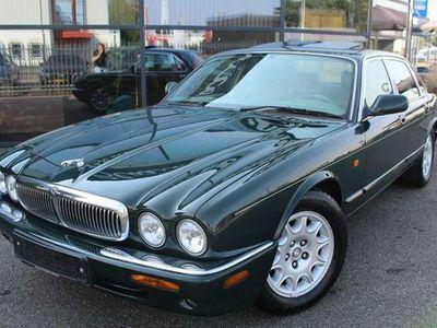 tweedehands Jaguar XJ 4.0 Sport V8 Sovereign FULL OPTIONS UNIEK! BRITISC